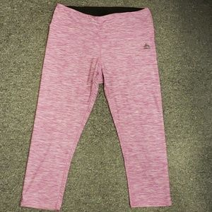 🌺 Gently used Women's active pants size L